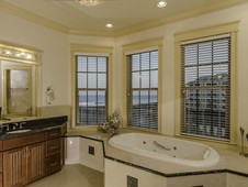 Huge master bathroom - oceanfront home - Palm Coast, FL